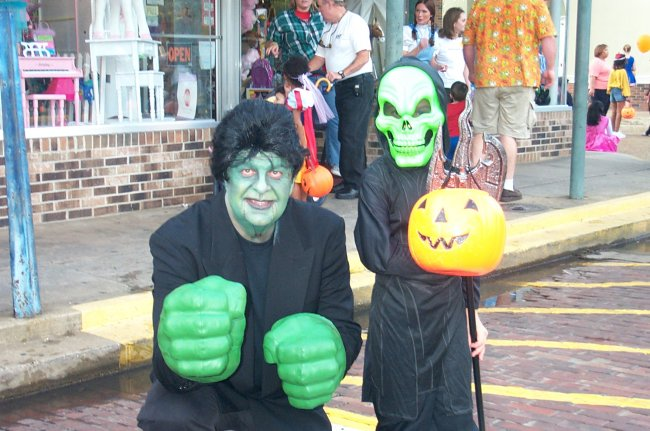 Witch Way to Main Street October 31, 2009
